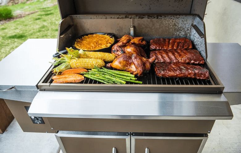 Using Traeger Grills TFS60LZC Select Elite Pellet Grill and Smoker